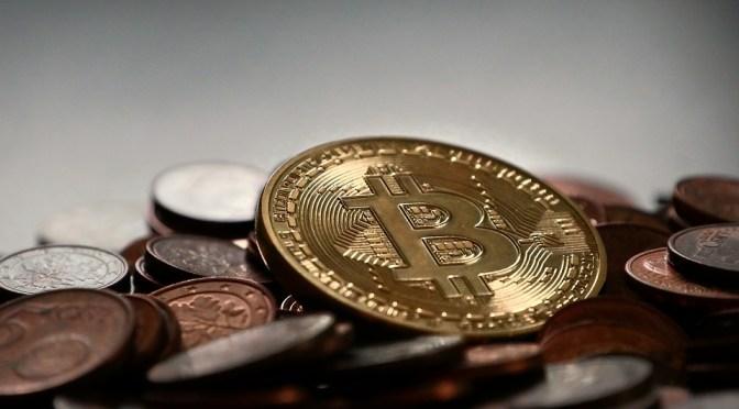 Bitcoin pierde 25% de su valor por la agitación de los mercados tras el COVID-19