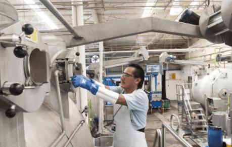 Confianza empresarial en manufacturas hila 22 meses con tendencia positiva