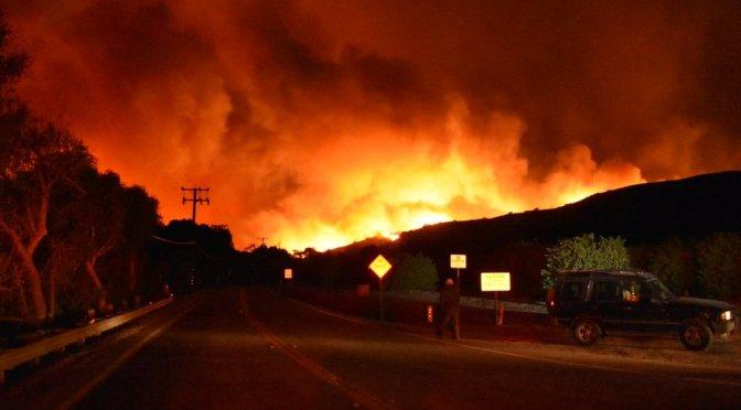 Evacuan casa de Kate del Castillo por incendios forestales en California
