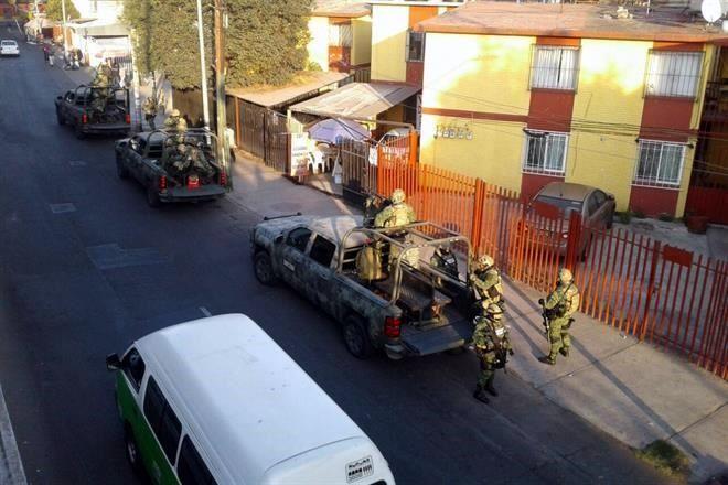 """Detienen en Monterrey a """"El Cochi"""", presunto sucesor de """"El Ojos"""""""