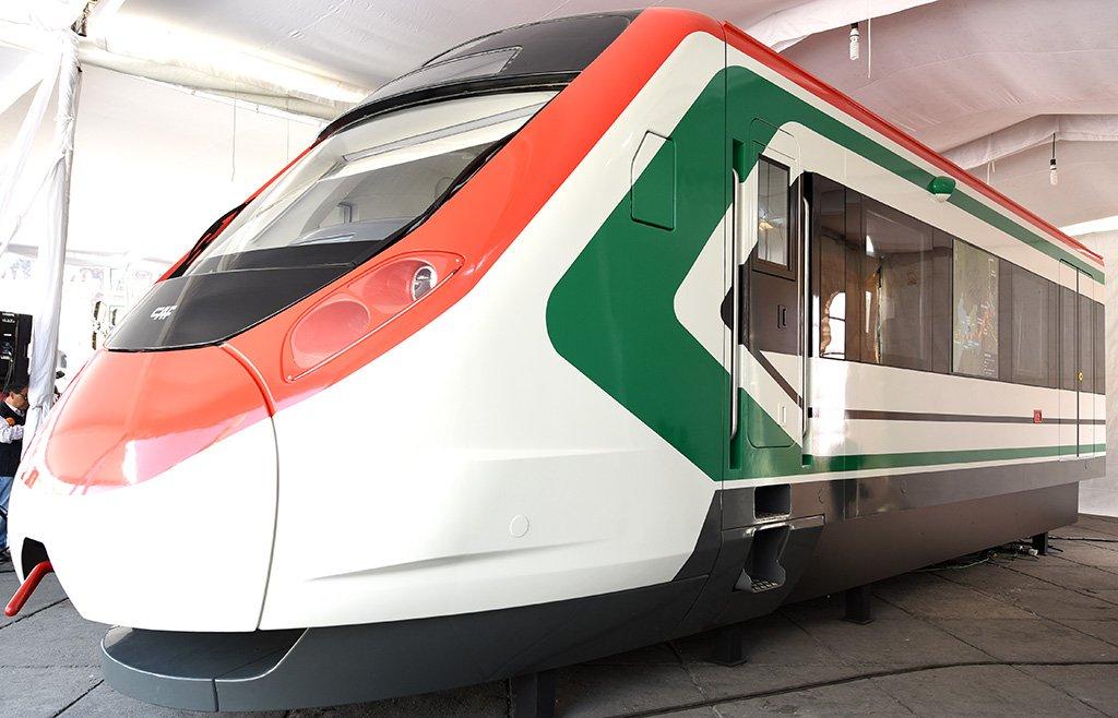 Tren México-Toluca iniciaría operaciones a mediados del próximo año