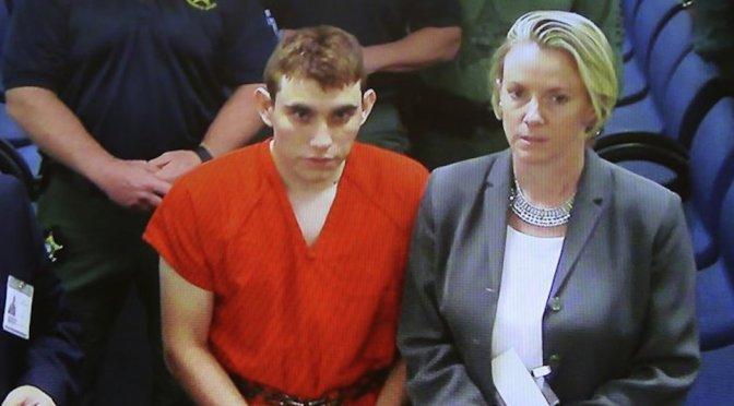 Autor de masacre en escuela de Florida recibe 17 cargos de asesinato