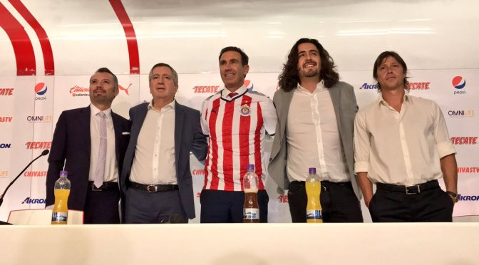 Presentan a Paco Gabriel de Anda como director deportivo de las Chivas