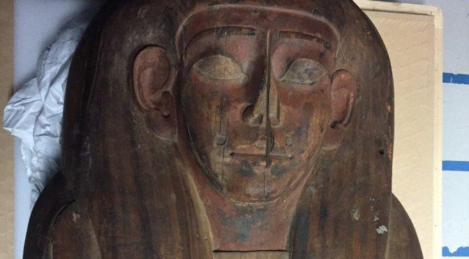 Encuentran momia en sarcófago que se creyó vacío por 150 años