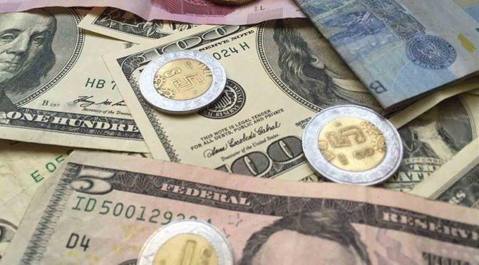 El peso cerró la sesión con una apreciación de 0.69% o 16.8 centavos, cotizando alrededor de 24.20 pesos por dólar
