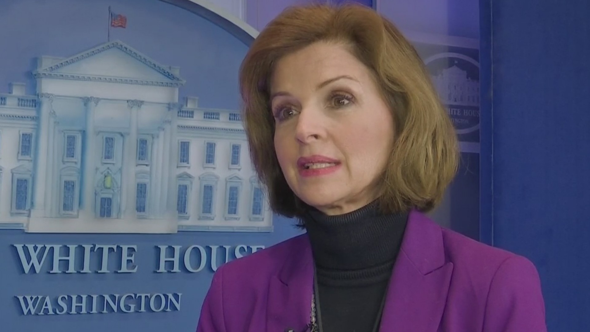 Remueven a directora de prensa para medios hispanos de la Casa Blanca