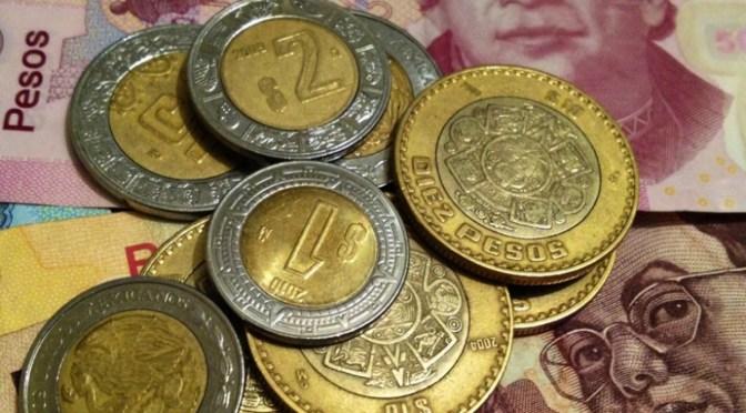Peso cierra semana con apreciación, en línea con la mayoría de divisas