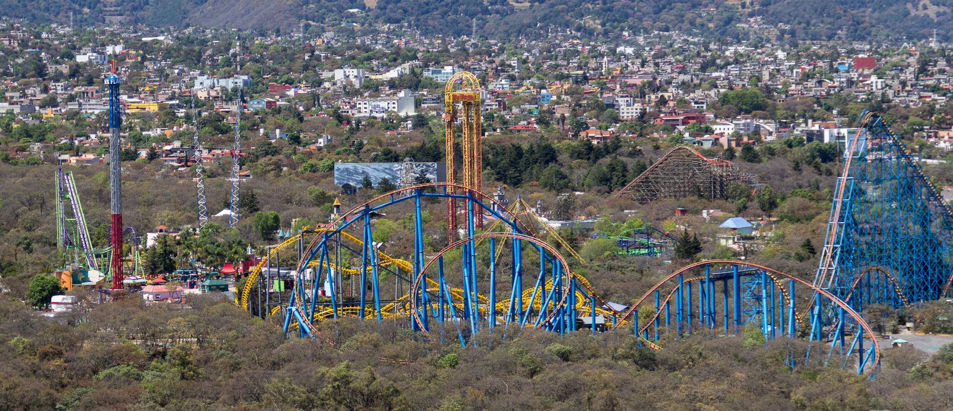 Six Flags Mexico Presenta Festival Christmas In The Park Pilotzi