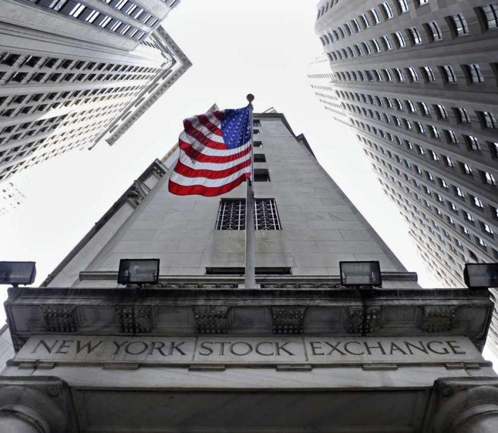 Dow Jones cierra con ganancia de 0.57 por ciento