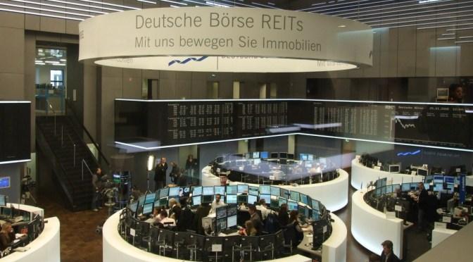 Bolsas europeas abren a la baja