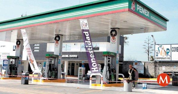 Pemex llama a evitar compras de pánico porque hay suficiente combustible