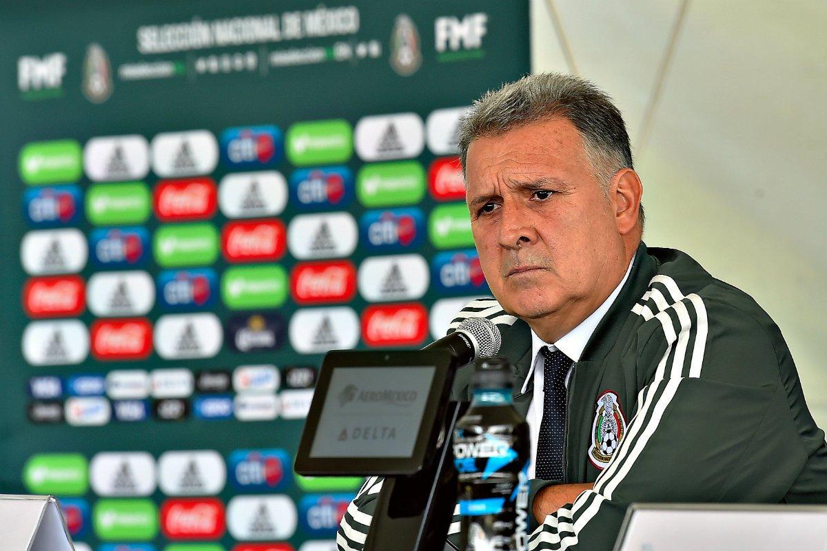 """""""Tata"""" Martino encontrará entrega y actitud, afirma Miguel Herrera"""