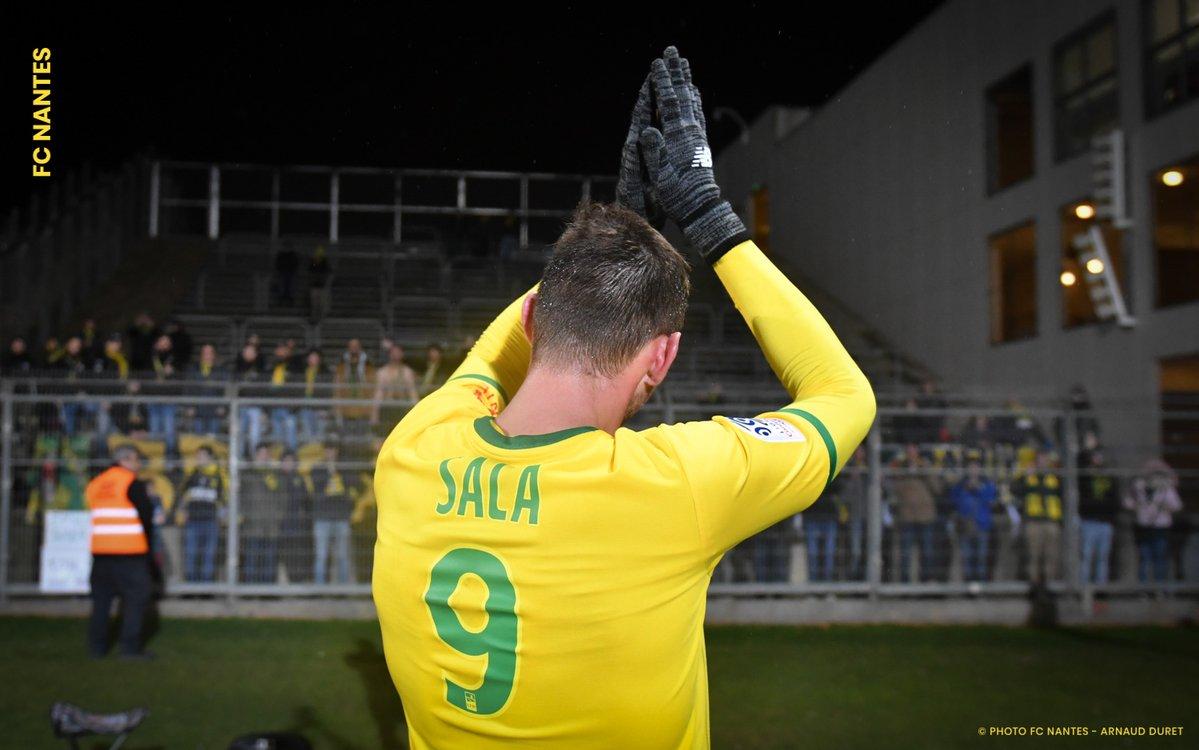El Nantes retira el número 9 en homenaje a Emiliano Sala