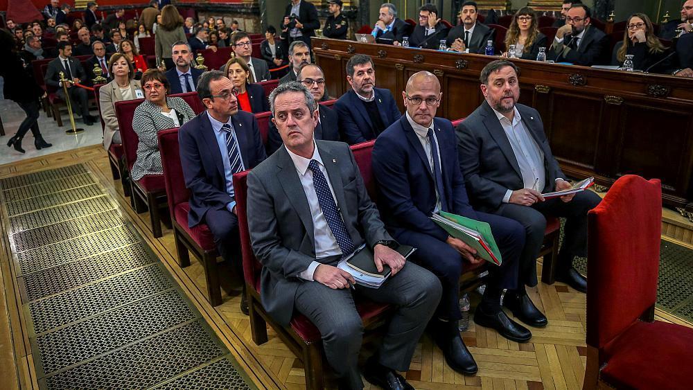 Hoy comenzó el juicio contra 12 líderes independentistas catalanes acusados de rebelión