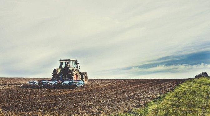 Gobierno impulsa alianza en agricultura para que sea detonante económico