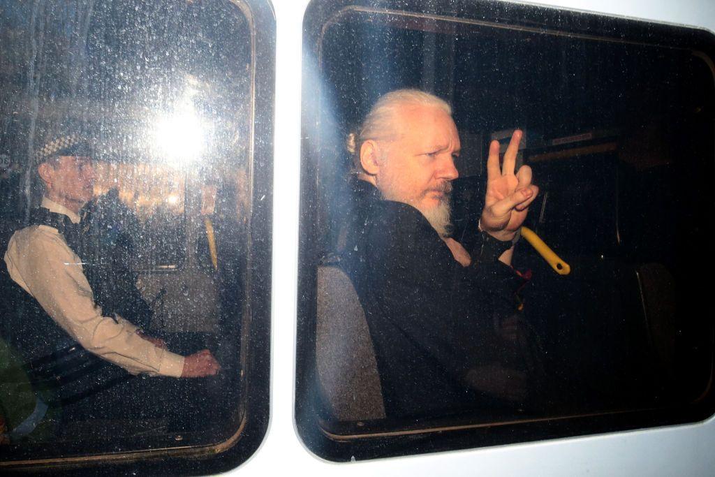 Assange busca reabrir caso de abuso sexual para evitar extradición a Estados Unidos