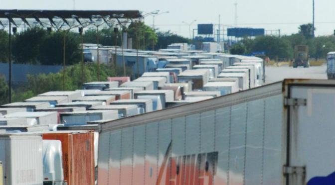 Urge reformar sistema de aduanas para combatir contrabando y piratería