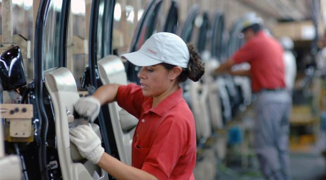Personal ocupado de sectores económicos aumenta en julio