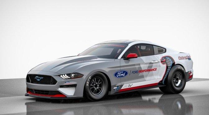 Ford Performance presenta al Mustang Cobra Jet con propulsión totalmente eléctrica