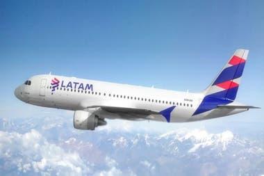 LATAM Airlines cesa operaciones en Argentina