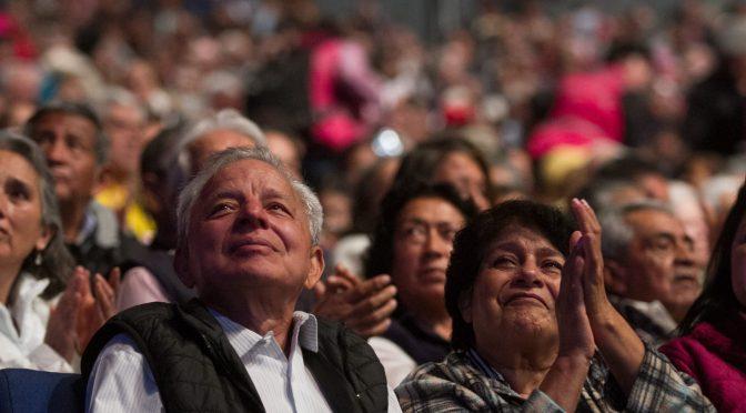 Adultos mayores recibirán 4 meses de pensión en julio