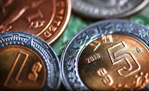 El peso cerró ganando terreno junto a otras divisas de economías latinoamericanas / Artículo de Gabriela Siller