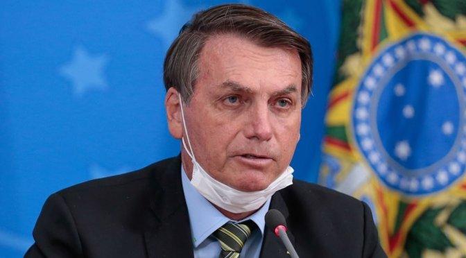 Presidente de Brasil Jair Bolsonaro da positivo a prueba de coronavirus