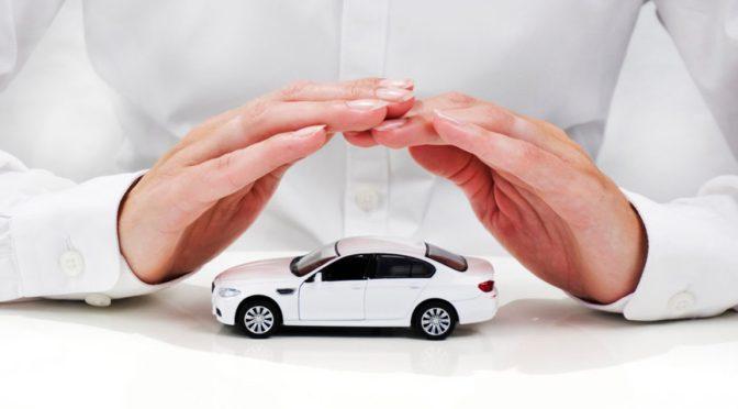 Ve Moody's más ganancia a aseguradoras de autos