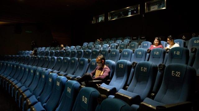 Los cines enfrentan una dura realidad en medio de la pandemia y a pesar de que abrieron
