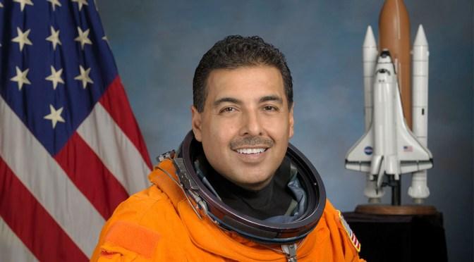 Tecnología no es prioridad del Gobierno, acusa el astronauta mexicano José Hernández
