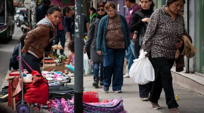 La crisis de la COVID-19 dejará a 118 millones de latinas en la pobreza