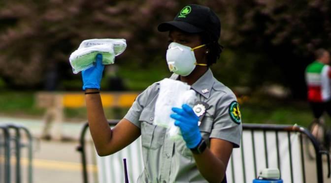 NY multará a quienes no usen mascarillas en algunas zonas