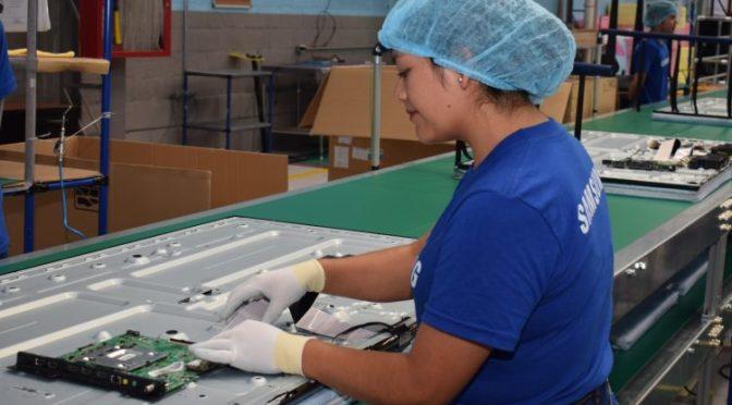 Samsung detendrá en noviembre la producción en fábrica de televisores en China