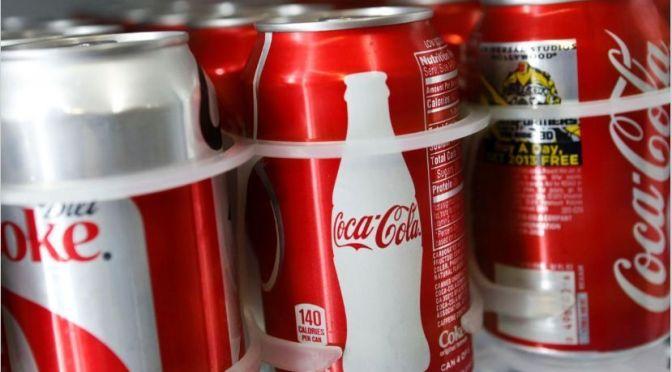 Coca-Cola está incitando a mandar botellas vacías por Uber