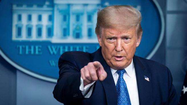 """Trump pide cancelar entrenamiento sobre """"privilegio blanco"""""""