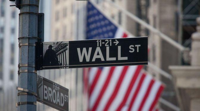 Futuros caen por las preocupaciones sobre el aumento de los rendimientos y las expectativas de inflación
