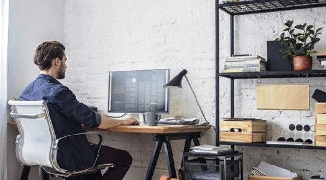Trabajo remoto ocupa un lugar destacado en la lista de desafíos de los comerciantes