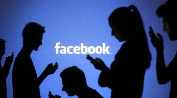 Facebook invertirá mil millones de dólares en la industria de las noticias después de la disputa de Australia