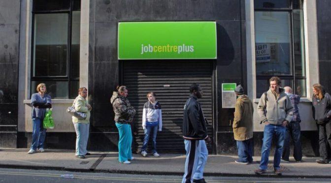 Tasa de desempleo del Reino Unido sube al nivel más alto desde principios de 2016