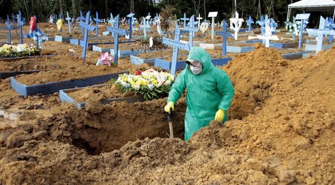 Brasil registra 1,600 muertes por covid-19 en 24 horas