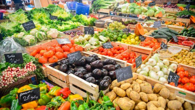 Índice de precios mundiales de los alimentos sube en febrero por noveno mes consecutivo