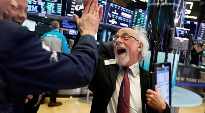 Bonos de Wall Street saltan un 10% en 2020
