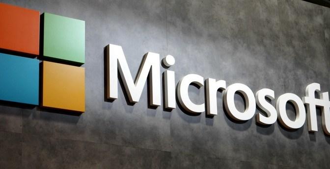 Casa Blanca dice seguir de cerca el parche de emergencia de Microsoft