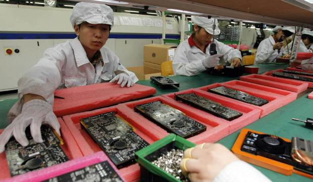 Fábricas y consumidores de China impulsan la recuperación en 2021