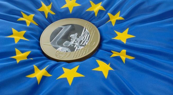 Rendimientos de la zona del euro tiene una caída pero vuelve a centrarse en el suministro de bonos irlandeses