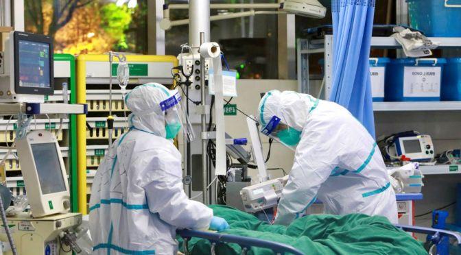 Hospitales franceses contratan a más personal debido al aumento de casos de COVID-19