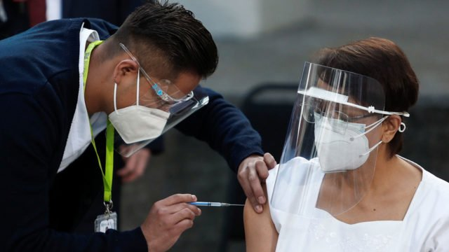 México vacunará a todos sus maestros entre el 20 de abril y el 28 de mayo