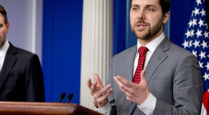 Asesor económico de Biden destaca que el objetivo del plan de infraestructura es fomentar el crecimiento de los empleos