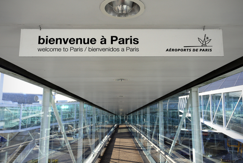 Francia impondrá una cuarentena de 10 días para los viajeros procedentes de Brasil