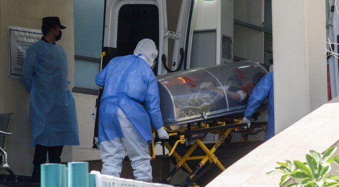 Destaca informe que Políticas de México contra COVID costaron muchas vidas